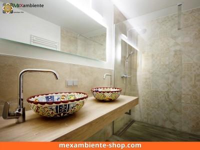 <p>Bunte Waschbecken auf Doppelwaschtisch. Hier das Modell MEX3 Alegria von Mexambiente</p>