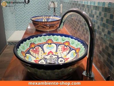 <p>Bunte Aufsatzwaschbecken rund aus Mexiko</p>
