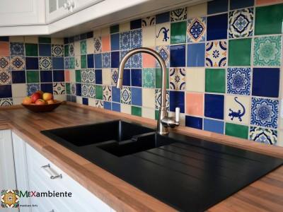 <p>Unsere handbemalte Premium Fliesen aus Mexico (11×11 cm) überzeugen mit wunderschönen Farben und Mustern, die unserer Küche zu etwas ganz besonderem machen.</p>