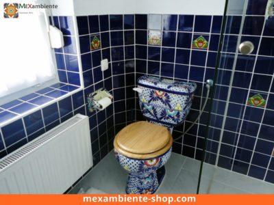 <p>Mexikanische Toilette handbemalt mit blauen Fliesen 11×11 von Mexambiente in Premium Qualität</p>