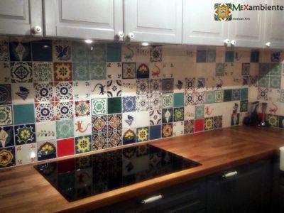 <p>Einzgartige Küche mit Dekorfliesen aus Mexiko</p>