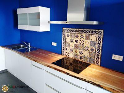 <p>Mexikanische Azulejos für die Küche in Premium Qualität. Diese Kombination wurde mithilfe unseres Fliesenplaners erstellt. Wünderschöne handbemalte Fliesen aus Mexiko in 11×11</p>