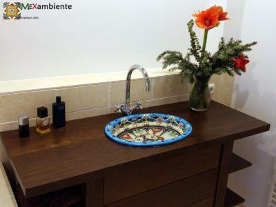 <p>Badezimmer Hingucker Mexiko Waschbecken Tulum. Einbauwaschbecken oval groß ca. 50×40 cm TULUM von Mexambiente</p>